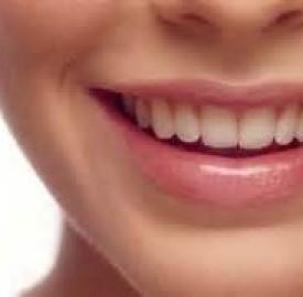 پوسیدگی دندان مسئله مهم تری از فید کردن ظاهری دندان هاست !