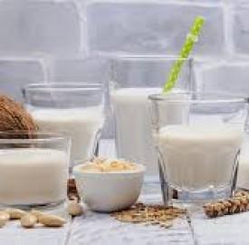 شیرهای گیاهی و مشکلاتی که به همراه دارد !