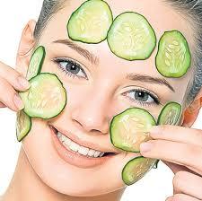 ماسک خیار درمانی مناسب برای سیاهی دور چشم