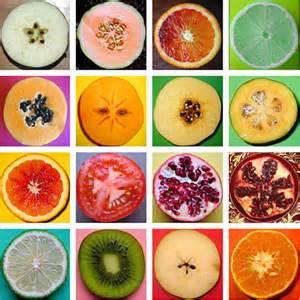میوه های خشک شده را جایگزین تنقلات مضر روزانه کنید