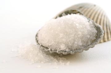 نمک دریا به مراتب خطرناک تر از نمک سفره