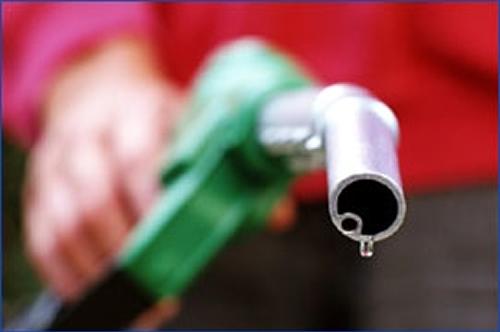 بوی نفت و بنزین را از زندگی خود حذف کنید