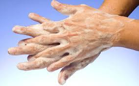 استفاده از صابون های آنتی باکتریال خطری برای سلامتی افراد !