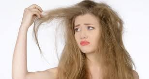 خشکی مو و دلایلی که منجر به این عارضه زیبایی می شود ؟