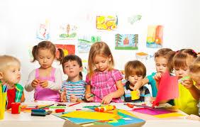 مهدکودک و نحوه تغذیه مناسب کودکان در این مکان