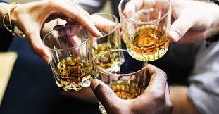 الکل و مضراتی که مصرف این نوشیدنی به همراه دارد