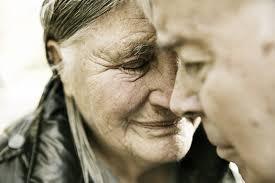 سالمندان و اهمیت ویژه ی در کنار آنها بودن ؟