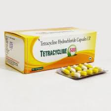 کپسول تتراسایکلین و درمان آکنه پوستی به کمک آن