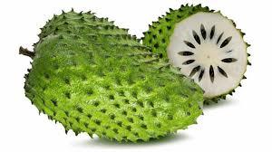 ساپادیل و تجربه خوردن این میوه با ظاهری عجیب !