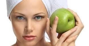 ماسک سیب را به آسانی و به صورت خانگی تهیه کنید