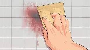لکه خون و روش پاکسازی آن از روی دیوار