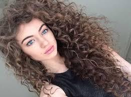 موی فرفری و جذابیت ذاتی در این جنس از مو