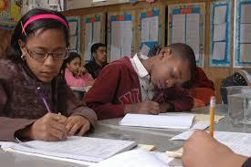 چه عواملی در پیشرفت تحصیلی مؤثر هستند ؟